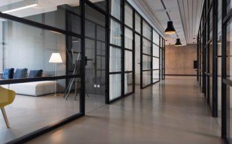 Steklene predelne stene sodobnega izgleda