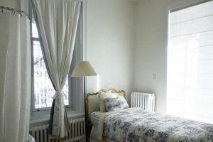 Posteljnina 140x200 je idealna za enojne postelje.